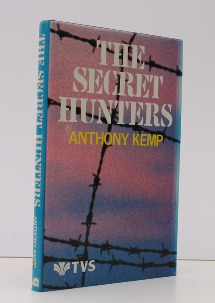 Secret-hunters-near-fine-copy-dustwrapper-0d8e7c55-e93f-41f8-8c89-b92415abeceb