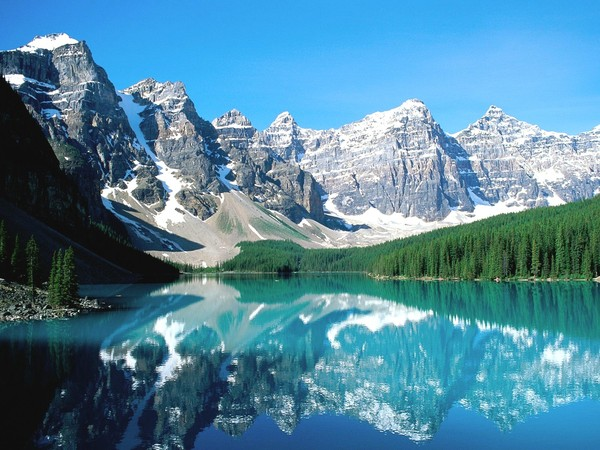 Moraine_lake_and_valley_of_ten_peaks__banff_national_park__canada